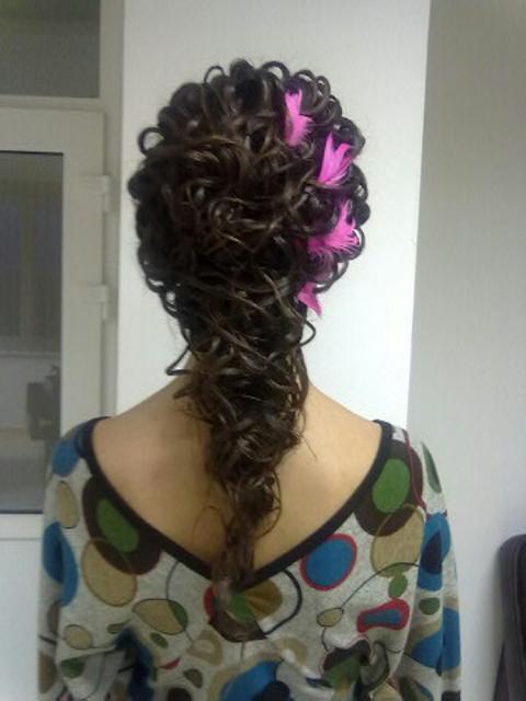 Hair Fashion je zaradený v kategórií  Kadernícke salóny Michalovce 6f6b8a3019b